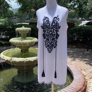 White Shift dress with Blue Embroidery Size Large